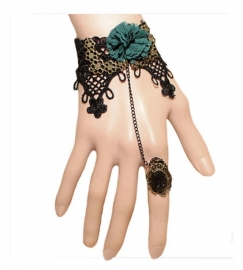 Punk Gothic kanten armband met ring en groene roos
