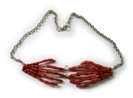 Harajuku skeletale handen nekketting rood
