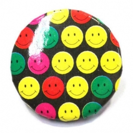 Retro button Smilie 1