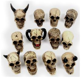 Set van 12 mini doodskoppen - 2 tot 5 cm hoog