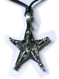Pewter hanger skelet op pentagram