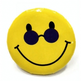 Retro button Smilie 3