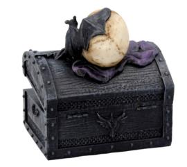 Dark Shroud - sieranden doos met doodskop en vleermuis - 15.5 cm