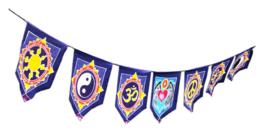 7 vlaggen Mystieke Synbolen batik doeken uit Bali - 24 x 30 cm