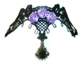 Purple Roses - zwarte Gothic kanten choker