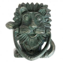Gietijzeren deurklopper met verdegris effect - leeuw
