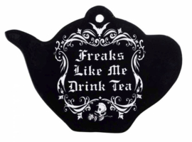 Alchemy of England - theepotvormige keramieke onderzetter dienblad snijplank - Freaks like me drink tea - 18.7 cm breed