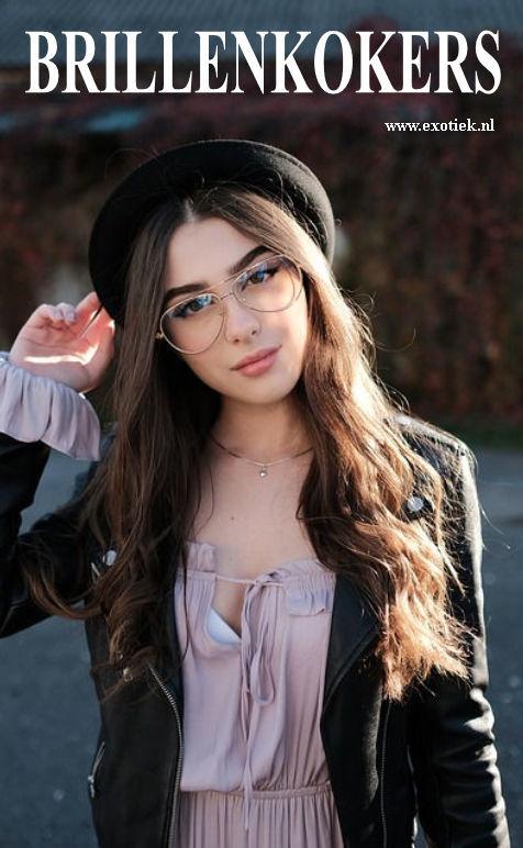 brillenkokers hippie meisje.jpg