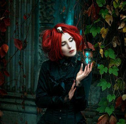 henna girl red hair.jpg