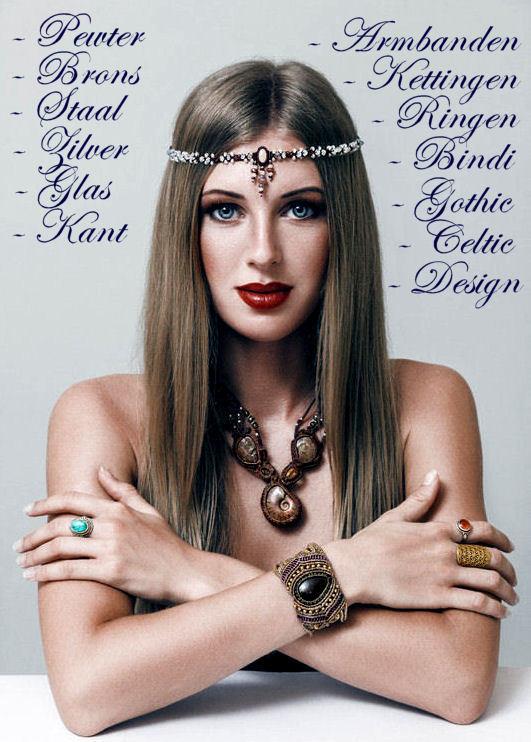 meisje met veel etnische bohemian sieraden 4.jpg