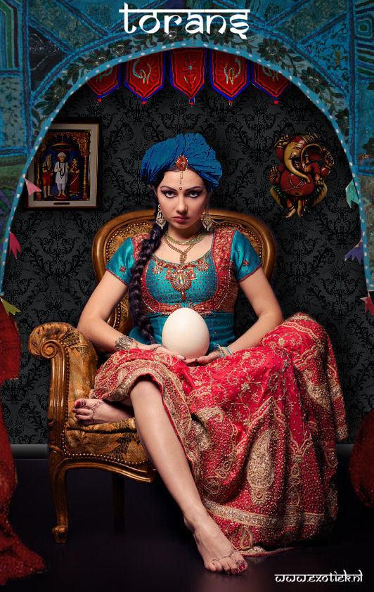 torans meisje met indiase kleren en turban.jpg