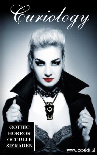 vampier met doodskist nekketting van curiology 2.jpg