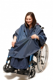 Poncho, kleding voor de rolstoel - Wheely Poncho
