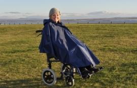 Poncho voor de rolstoel zonder mouwen en gevoerd, rolstoelkleding