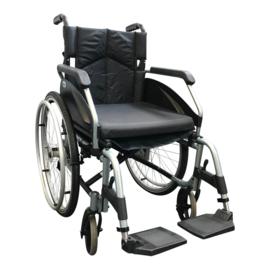 Tweedehands Days 388 Escape SE rolstoel met kussen en luchtbanden - 16806913 (gereserveerd)