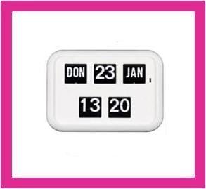 Kalenderklok, dag datum klok voor slechtzienden QD-35 wit