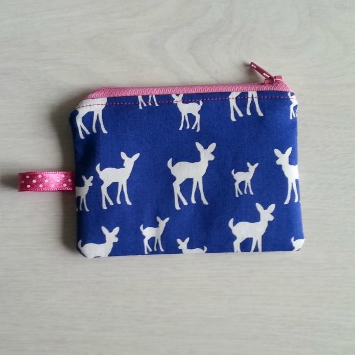 Mini portemonneetje hertjes (roze)