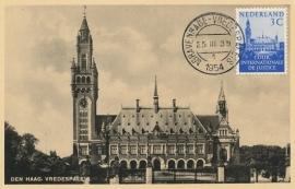 ® 1954 CATA COUR 28 Vredespaleis