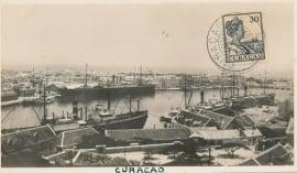 © 1926 - CURAÇAO Ship in harbor