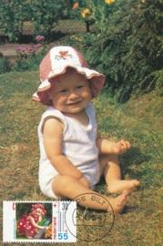 ® 1990 CATA 1447a Kind met bloemen