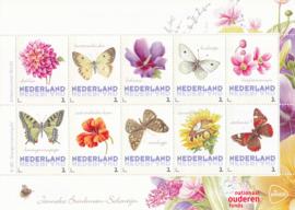 Janneke Brinkman Bloemen en vlinders