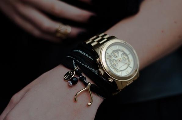 rakhi Licorice mk horloge.jpg