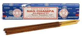 Nag Champa ( 15 gram +- 15 stokjes )