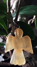 Calciet Oranje Engel hanger
