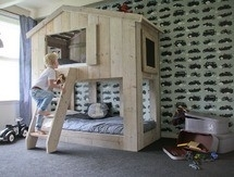 Stapelbed (t)huis WarChild