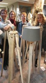 Lampvoet statief  (3-poot)  van steigerhout  h 120 cm
