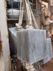 Hammam blokzeep aan touw 200 gr