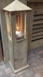 Lantaarn van steigerhout , h 95 x 25/25 cm incl glas.