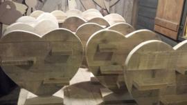 Hart van steigerhout met plankjes op voet 60 cm