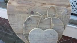 Hart van steigerhout aan stoer touw.... 40 cm