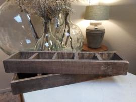 Oud houten bak 5 vaks