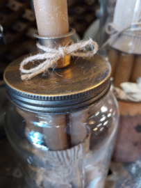 Glaspot met kaarsen, gouden deksel met kaarshouder