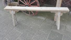 Bankje  van steigerhout  > smal , hoog , lang en decoratief  140 x d 14 x h 50 cm