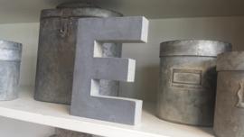 Cijfers en letters van hout, cijfer met loodfront  .    NIEUW !