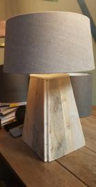 Lampvoet van steigerhout