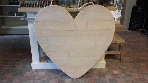 Hart 80 cm van steigerhouten tbv prikbord ( ook leuk bij geboorte )