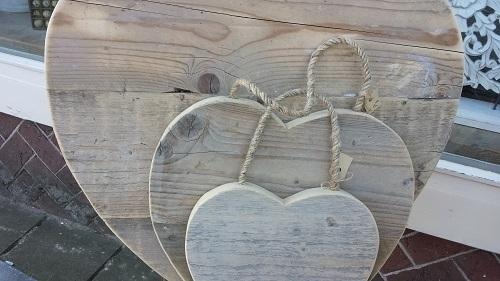 Hart van steigerhout 25 cm ( kleinste maat )