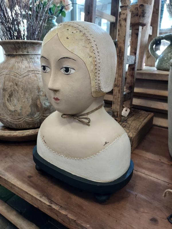 Hoofd blond met parelrandje op voet 25x16x35 cm