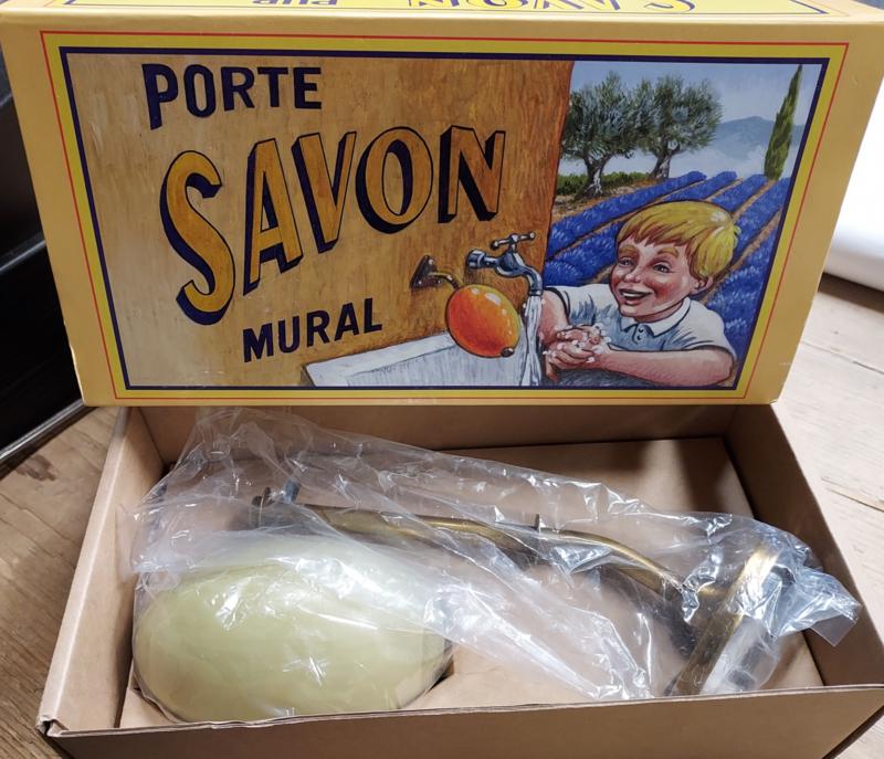 """Wandhouder met zeepbol ,  """" Porte Savon Mural """" = Brons/Olijf"""