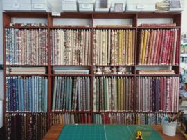Dutch Heritage Shelf