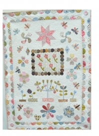 The Orchard Crib Quilt ENG