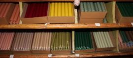Groot assortiment Kaarsen , Diverse maten en kleuren