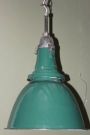 Grote groene emaille industriele lamp