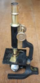Oude microscoop