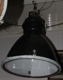 Industriële lamp met plat glas