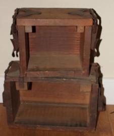 Oude houten sigaren pers kistjes